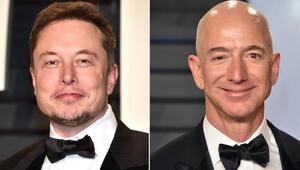 Dünyanın en zengin iki insanı uzay için savaşıyor