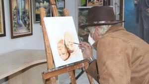 Adanalı ressam Prof. Şahin ve Dr. Türeci'nin tersten tablosunu çizdi
