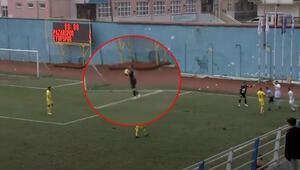 Pazarspor - Eyüpspor maçında sahada ikinci top ve penaltı kararı Kural hatası başvurusu...