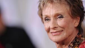 Ödüllü oyuncu Cloris Leachman öldü