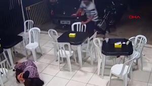 Brezilyada 6 aylık hamile kadın oğlunu silahlı soyguncudan böyle korudu