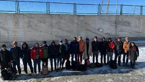 Vanda, metruk binada 17 kaçak göçmen yakalandı
