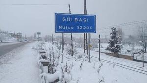 Adıyamanda 116 köy yolu, kar nedeniyle ulaşıma kapandı