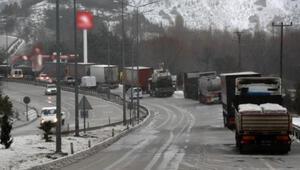 Kar, Burdurda ulaşımı olumsuz etkiledi