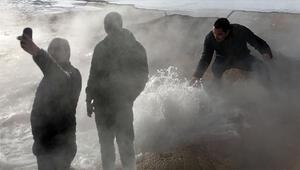 Yöre halkı yaz kış keyfini çıkarıyor, görenleri hayran bırakıyor: Doğal jakuzi
