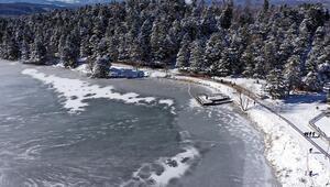 Seyrine doyumsuz kar manzaralarının olduğu Gölcük Tabiat Parkına ilgi
