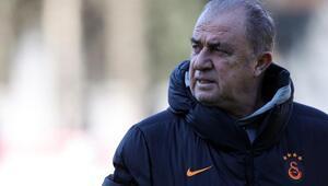 Galatasarayda Fenerbahçe derbisi öncesi Sofiane Feghouli gelişmesi