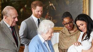 Kraliçe emretti, doğum belgesinden Meghanın adı kaldırıldı