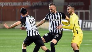 TFF 1. Lig - Altay: 1 - İstanbulspor: 3