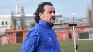 Yusuf Şimşek: Balıkesirspor'un önünü açıp daha güzel yerlere gitmek istiyoruz...