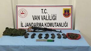 Vanda jandarma operasyonu; 12 suçtan aranan şüpheli yakalandı