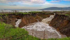 İzmirdeki düdenler dünkü yağışla yeniden su aldı