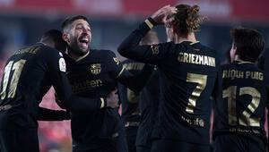 8 gollü müthiş maçta Barcelona, Granadayı eleyerek Kral Kupasında yarı finale kaldı