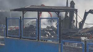 Kocaelideki geri dönüşüm fabrikasında yeniden çıkan yangın söndürüldü