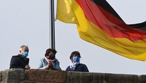 Almanya'da Kovid-19'dan ölenlerin sayısı 60 bine yaklaştı