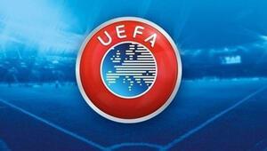 UEFAdan Ajaxın kalecisi Andre Onanaya doping cezası Bir yıl futboldan men...
