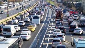 İstanbulda kısıtlama öncesi trafik yoğunluğu