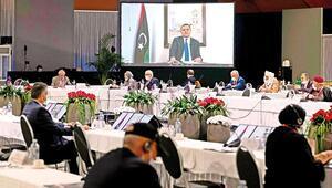 Libya'da geçiş yönetimi kuruldu