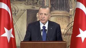 Cumhurbaşkanı Erdoğan: Müslümanlar çift yönlü cendereye alınıyor