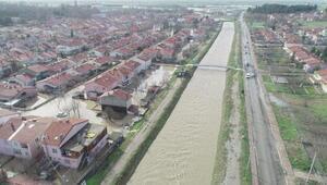 Alpulluda selden 380 ev zarar gördü