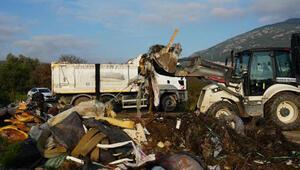 Bodrumda iki ayrı noktadan 17 kamyon atık toplandı