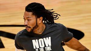 NBAde New York Knicks, Derrick Roseu kadrosuna kattı