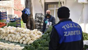 Tuzla'da pazar denetimleri ile etiketsiz ürün satışının önüne geçiliyor