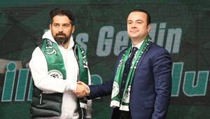 Son dakika: Konyasporda İlhan Palut dönemi 1.5 yıllık imza...
