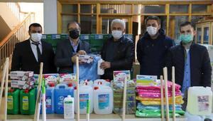Açılacak okullara hijyen malzemesi dağıtıldı