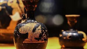 2 bin 600 yıllık parfüm şişeleri ilk kez sergileniyor
