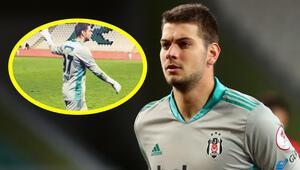 Konyaspor - Beşiktaş maçında Utku Yuvakurannda su şişesiyle penaltı taktiği