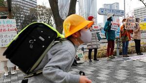 Japonya Pfizerın Kovid-19 aşısının ilk kısmını teslim aldı