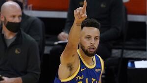 NBAde Gecenin Sonuçları: Curryden 10 üçlük Warriors, Magici 111-105 yendi...