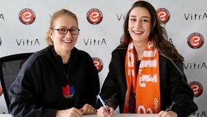 Eczacıbaşı VitrA, Hande Baladın ile sözleşme yeniledi