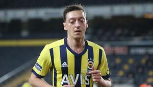 Fenerbahçede Mesut Özil ilk kez 11de
