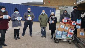 İYİ Toplum Gönüllüleri'nden hastane çalışanlarına ikram