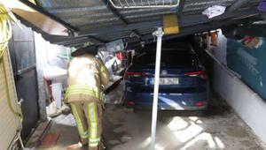Ümraniye'de garajın sundurma çatısı çöktü; 3 otomobil hasar gördü