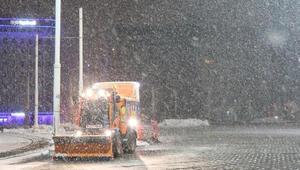 İstanbulda kar yağışı sabah saatlerinde etkili olmaya başladı