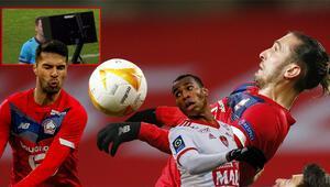 Yusuf ve Zekinin forma giydiği Lille - Ajax maçında büyük skandal VARda izledi ama...