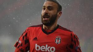 Son Dakika: Beşiktaşta Cenk Tosun sakatlandı Resmi açıklama...
