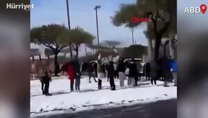 Teksasta kış fırtınası: Elektrikler kesik, havuzdan  su taşıyorlar