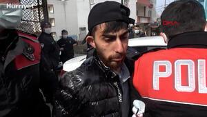 Kaçtıkları polise 5 kilometre sonra yakalanan ikili, asker kaçağı çıktı