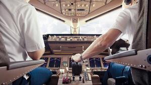 Pilot adaylarından okul için iflas talebi