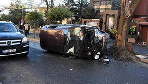 Beşiktaşta ağaca çarpan otomobilin sürücüsü yaralandı
