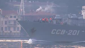 Rus istihbarat gemisi İstanbul Boğazından geçti