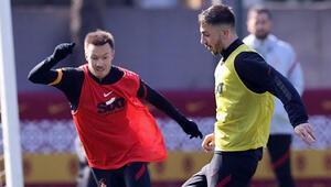 Galatasarayda koronavirüsü atlatan Halil Dervişoğlu takıma döndü