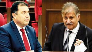 KKTC'de COVID-19 krizi Sağlık Bakanı gitti hükümet karıştı