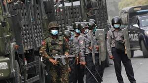 Myanmarda güvenlik güçleri protestoculara ateş açtı