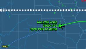 Denverda arıza yapan Boeing 777 tipi uçağın pilotu ile kule arasındaki diyalog ortaya çıktı