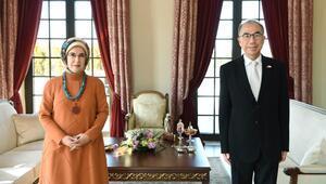 Emine Erdoğan, Japonyanın Ankara Büyükelçisi Kazuhiro Suzuki ile görüştü